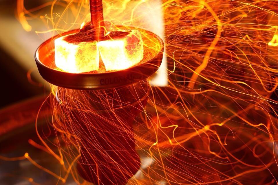 Как разжигать древесный уголь для кальяна?
